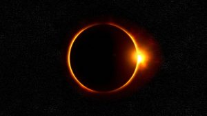 full solar eclipse