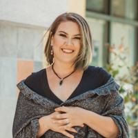 Ursula Headshot July 2018